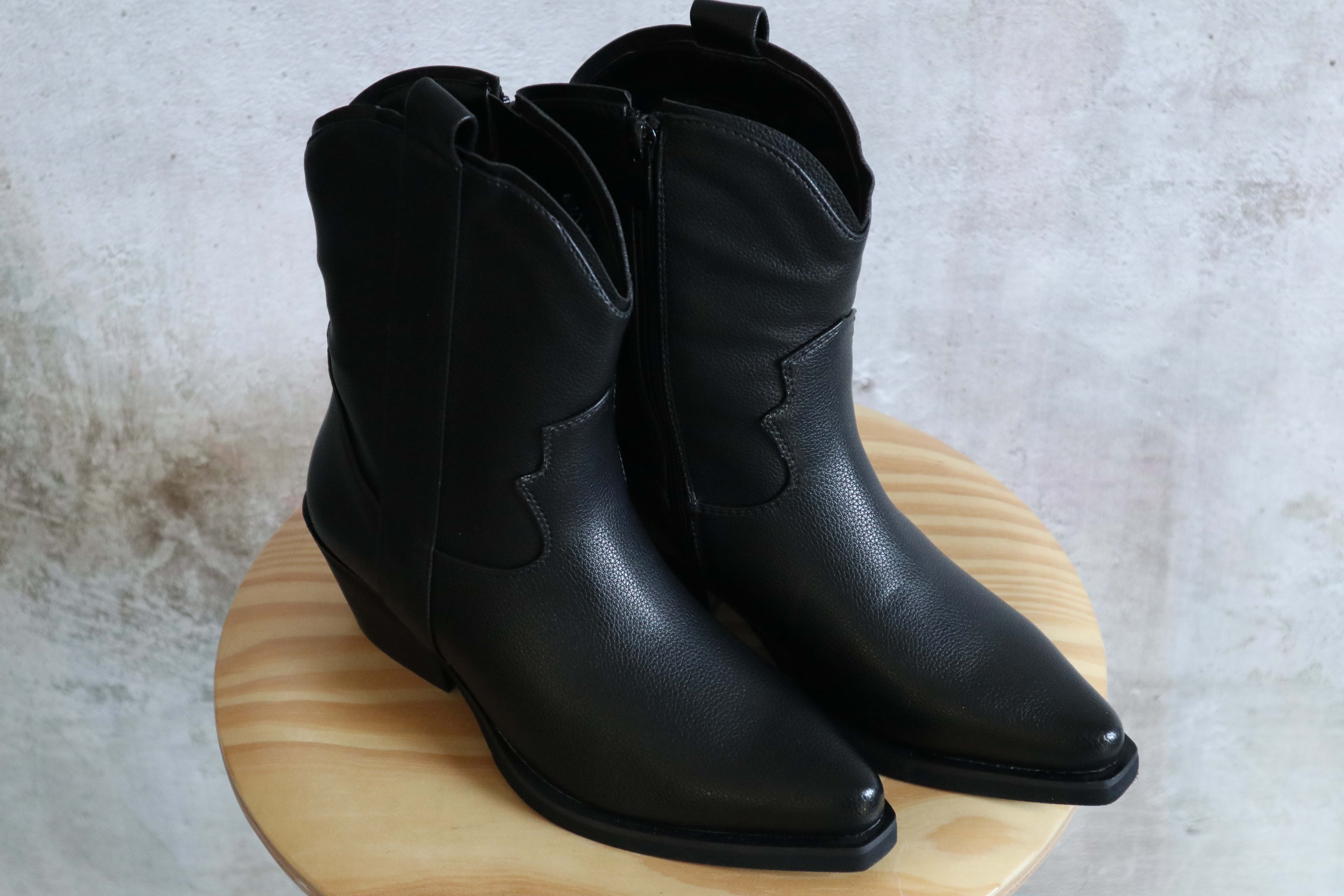 Cowboylaars Black